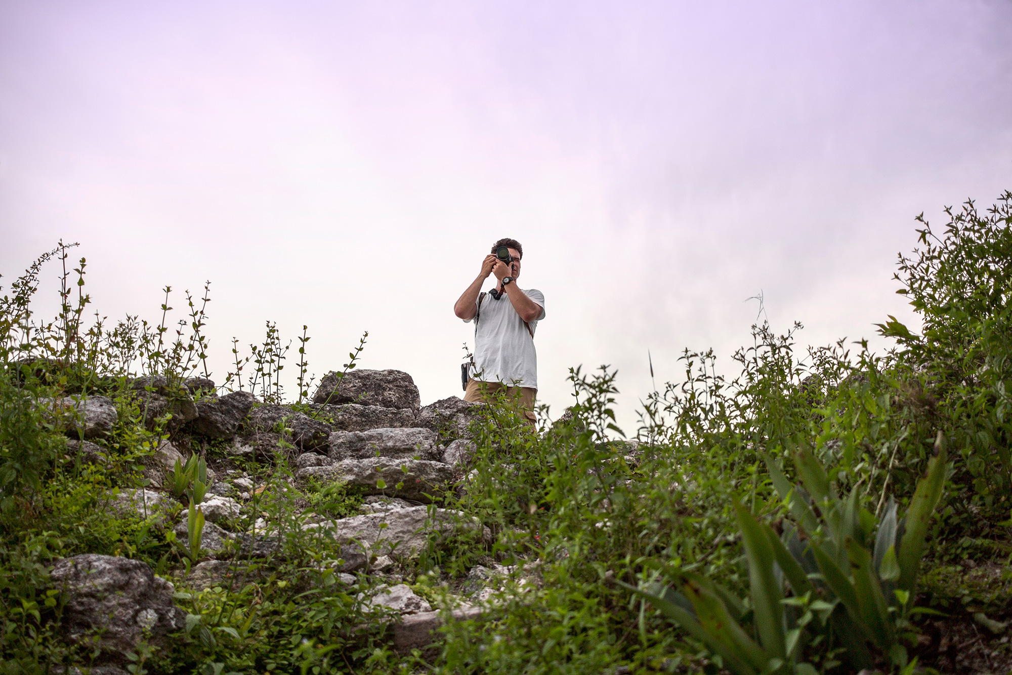 Observación del atardecer en la pirámide El Tigre