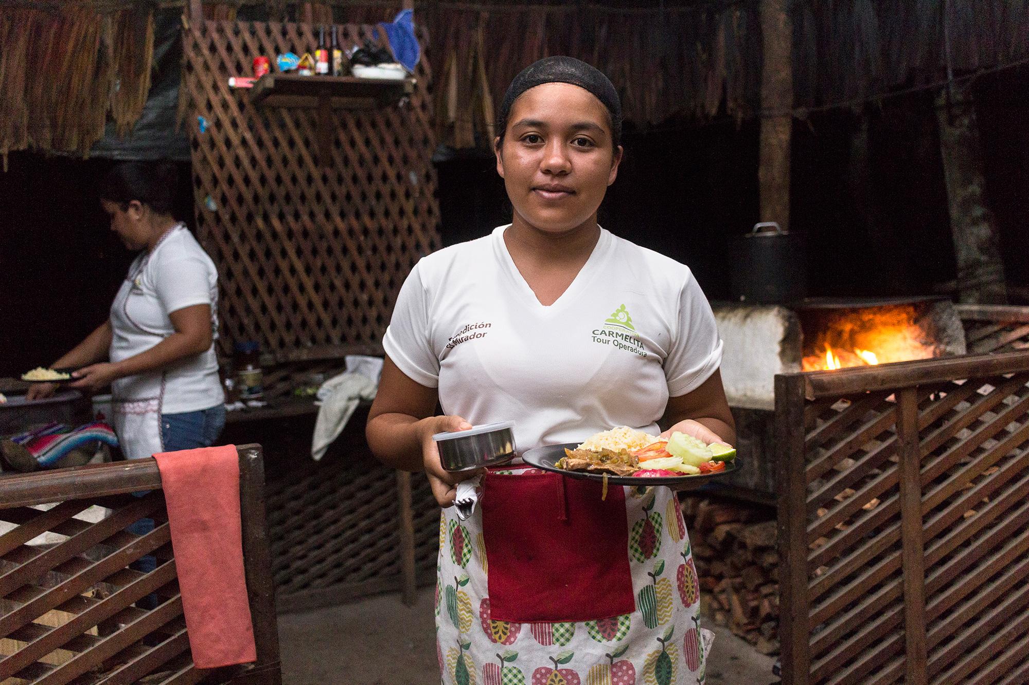 Cocinera Comunidad Carmelita